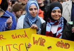 Proteste gegen Demonstration von Pro NRW in Solingen